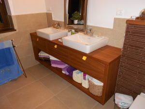 Fürdoszoba bútor 005