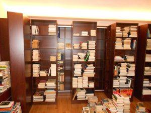 Könyvtár070